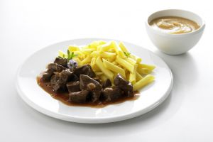 Ungarisches Rindergulasch